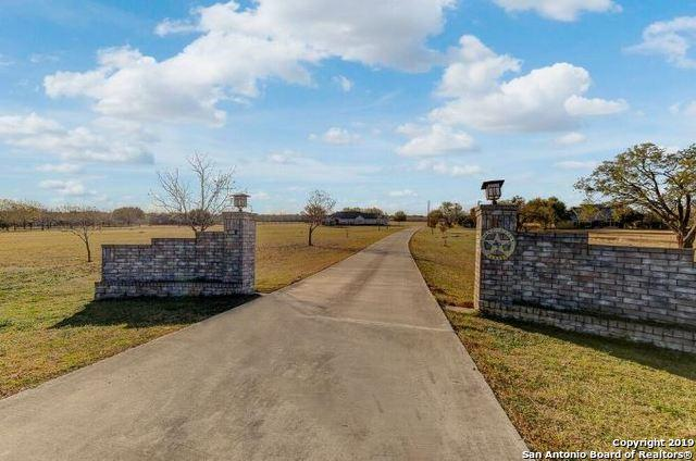 10250 Us Highway 87 S, Adkins, TX 78101 (MLS #1386286) :: The Mullen Group   RE/MAX Access