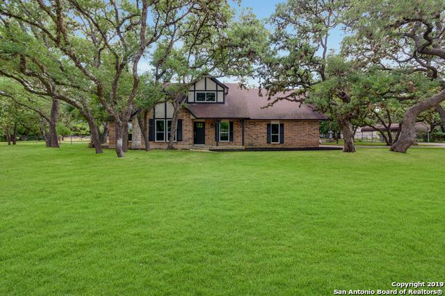 9744 Windwood Dr, Boerne, TX 78006 (MLS #1386338) :: Alexis Weigand Real Estate Group