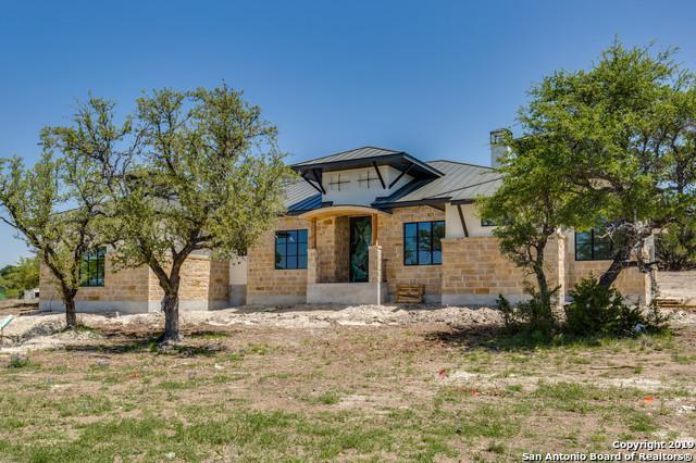 111 Lajitas, Boerne, TX 78006 (MLS #1386358) :: Carolina Garcia Real Estate Group