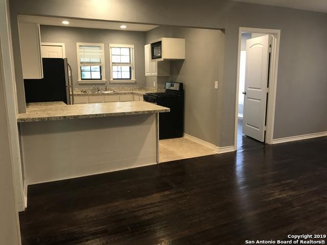 107 Colgate Ave, San Antonio, TX 78228 (MLS #1386405) :: Alexis Weigand Real Estate Group