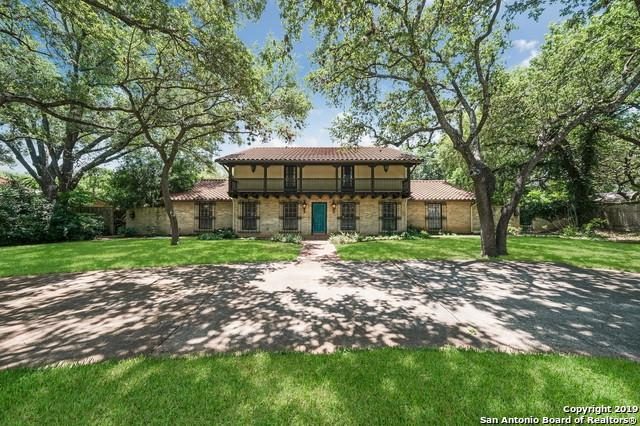 106 Sir Arthur Ct, Castle Hills, TX 78213 (MLS #1386418) :: Alexis Weigand Real Estate Group