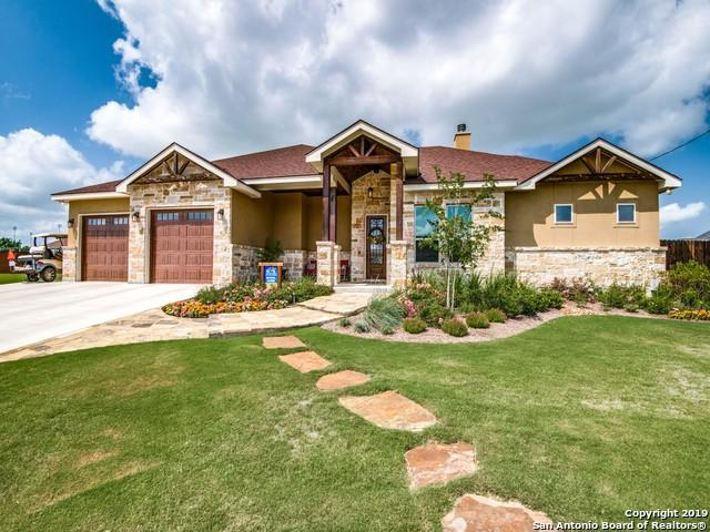 109 Park View, Poth, TX 78147 (MLS #1386494) :: Alexis Weigand Real Estate Group