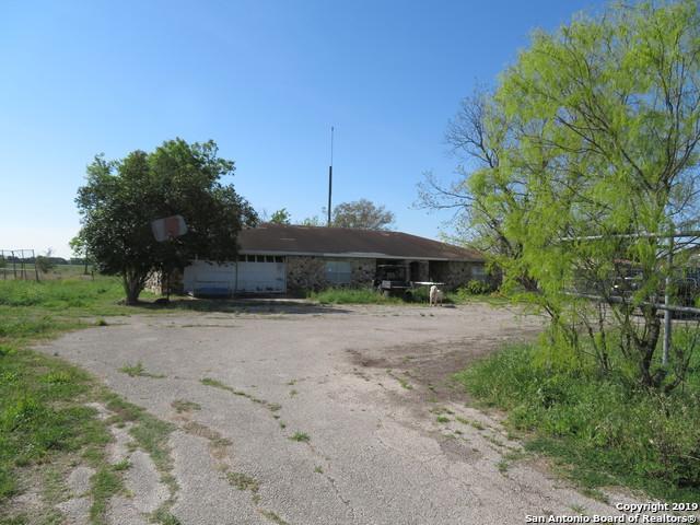 1392 Haeckerville Rd, Cibolo, TX 78108 (MLS #1386501) :: Alexis Weigand Real Estate Group