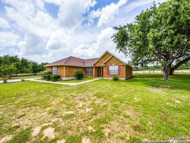 269 Cimarron Dr, Floresville, TX 78114 (MLS #1386597) :: BHGRE HomeCity