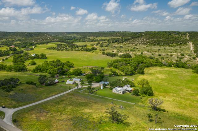 26 Peek Ranch Rd, Comfort, TX 78013 (MLS #1386952) :: Glover Homes & Land Group