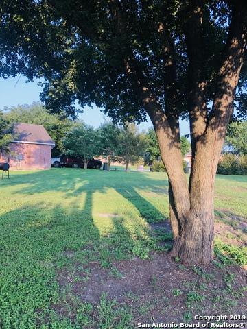 114 Greenway Dr, Seguin, TX 78155 (MLS #1386989) :: BHGRE HomeCity