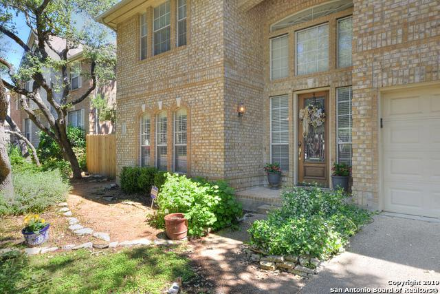 18022 Keystone Bluff, San Antonio, TX 78258 (MLS #1387058) :: The Castillo Group