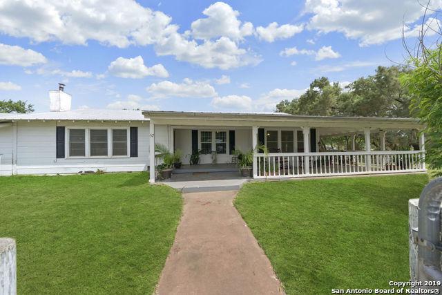 57 Harris Ave, Charlotte, TX 78011 (MLS #1387231) :: BHGRE HomeCity