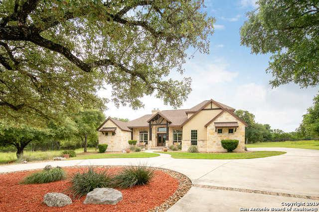 454 Hanging Oak, Spring Branch, TX 78070 (MLS #1387288) :: Erin Caraway Group