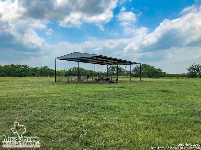 579 Cr 2875, Bigfoot, TX 78005 (MLS #1387973) :: BHGRE HomeCity