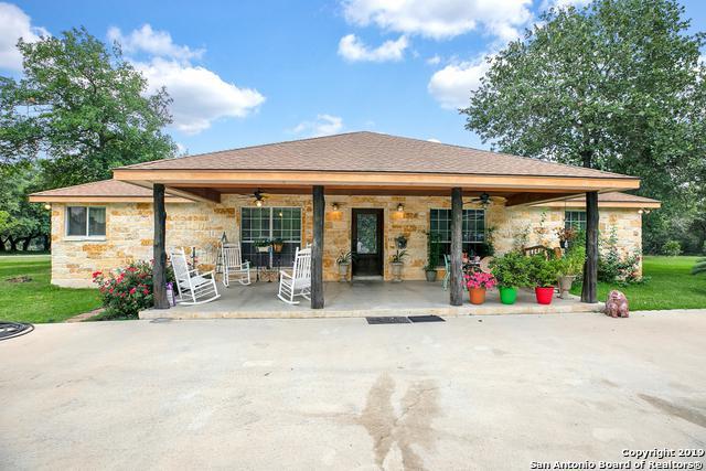 219 W Ridgeway, Somerset, TX 78069 (MLS #1388393) :: Alexis Weigand Real Estate Group