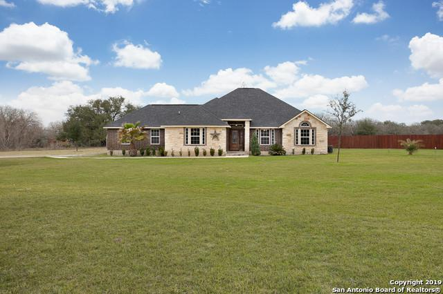 404 Ringaskiddy Circle, Floresville, TX 78114 (MLS #1388471) :: River City Group