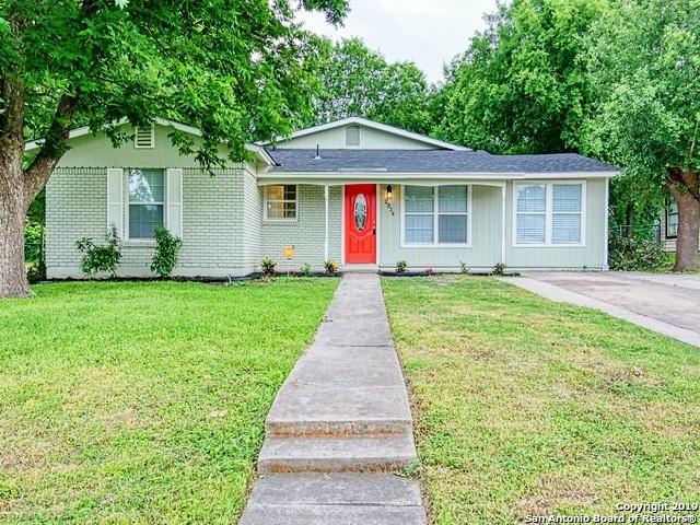 2934 Woodcliffe St, San Antonio, TX 78230 (MLS #1388911) :: Santos and Sandberg