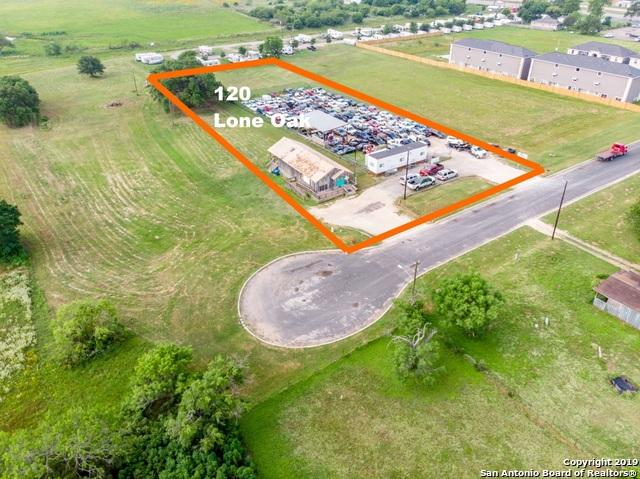 120 Lone Oak Dr, Floresville, TX 78114 (MLS #1388958) :: The Mullen Group | RE/MAX Access