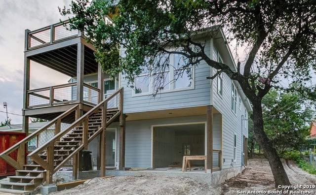 425 Stagecoach Dr, Canyon Lake, TX 78133 (MLS #1389016) :: Erin Caraway Group