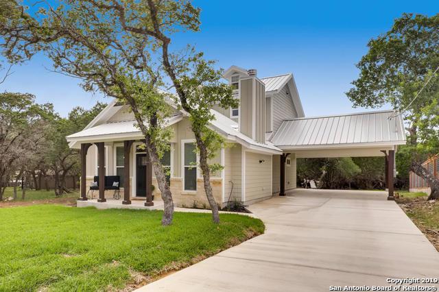 1490 Riviera Dr, Canyon Lake, TX 78133 (MLS #1389020) :: Erin Caraway Group