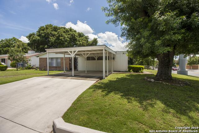 786 Clearview Dr, San Antonio, TX 78228 (MLS #1389103) :: Santos and Sandberg