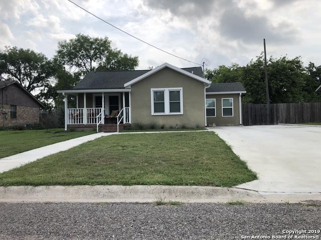 711 N Bond St, Karnes City, TX 78118 (MLS #1389105) :: Exquisite Properties, LLC