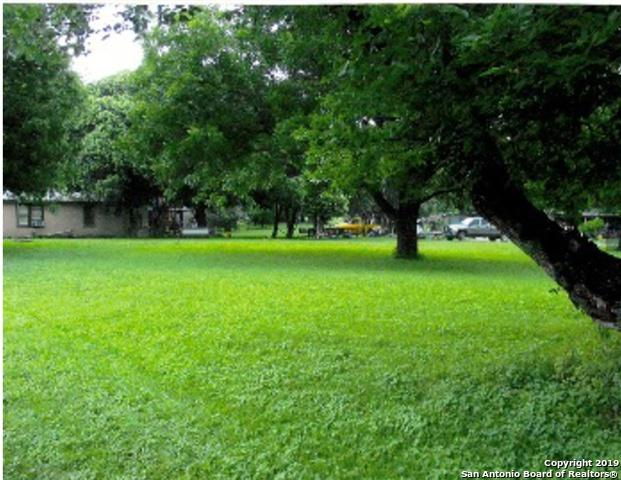 707 Algiers St, Castroville, TX 78009 (MLS #1389206) :: Alexis Weigand Real Estate Group