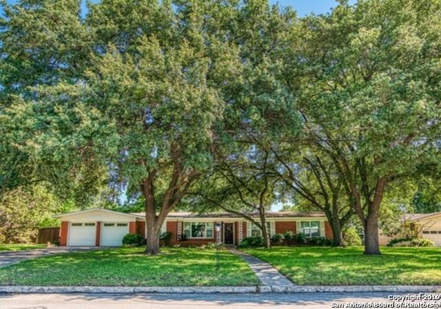 613 Antler Dr, Castle Hills, TX 78213 (MLS #1389334) :: Exquisite Properties, LLC