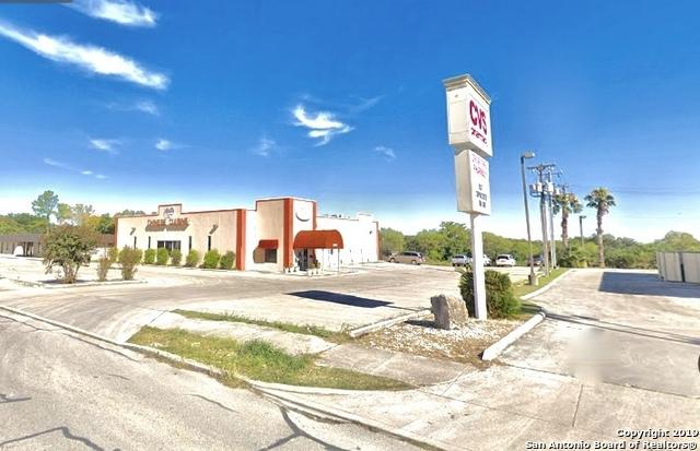 2040 Universal City Blvd, Universal City, TX 78148 (MLS #1389826) :: The Mullen Group | RE/MAX Access