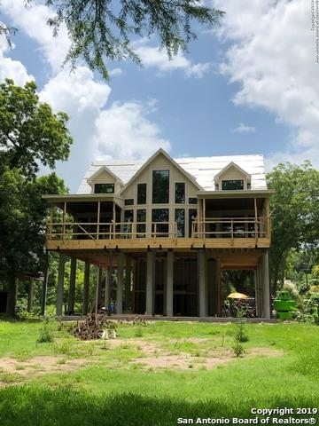 36 Cherokee Bend, Seguin, TX 78155 (MLS #1389903) :: Tom White Group