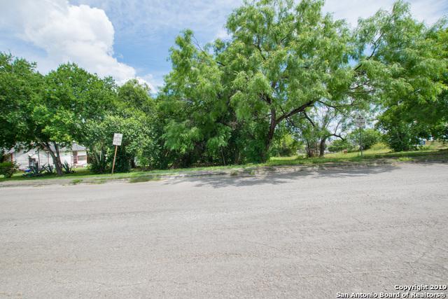 139 Ranger, San Antonio, TX 78203 (MLS #1390015) :: Tom White Group