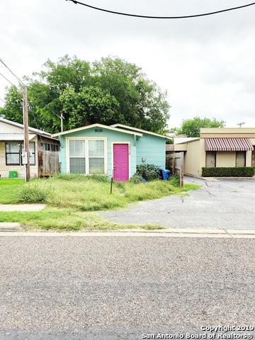 1318 4TH ST, Floresville, TX 78114 (MLS #1390142) :: River City Group