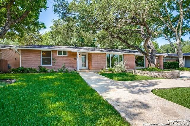 2110 E Lawndale Dr, San Antonio, TX 78209 (MLS #1390207) :: Alexis Weigand Real Estate Group