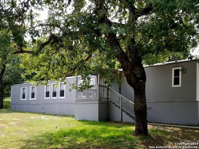 37 Post Oak Road, La Vernia, TX 78121 (MLS #1390537) :: BHGRE HomeCity