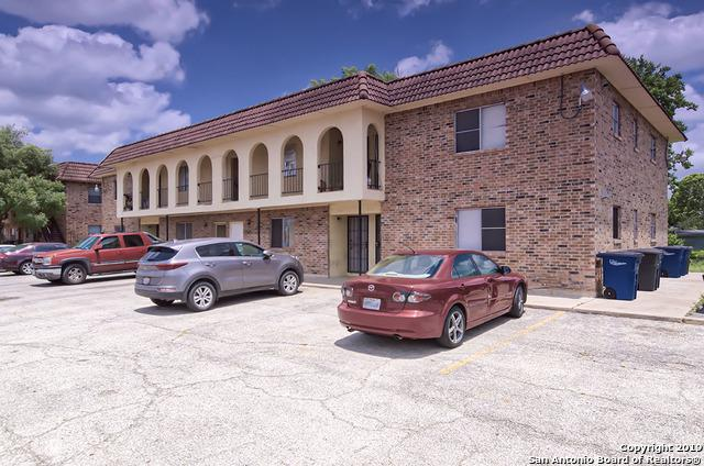 1085 Linde St, New Braunfels, TX 78130 (MLS #1390674) :: Alexis Weigand Real Estate Group