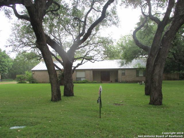 108 Long Bow Rd, Shavano Park, TX 78231 (MLS #1391015) :: BHGRE HomeCity