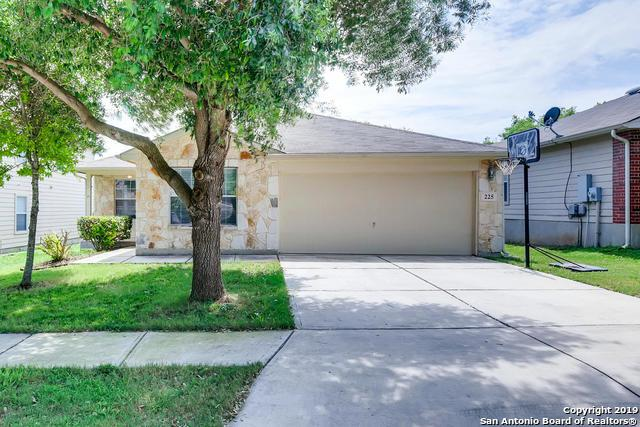 225 Clydesdale St, Cibolo, TX 78108 (MLS #1391171) :: Tom White Group