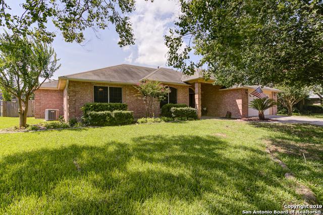 1053 Memorial Circle, New Braunfels, TX 78130 (MLS #1391419) :: Berkshire Hathaway HomeServices Don Johnson, REALTORS®