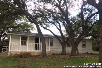 1795 Oak Meadows, Canyon Lake, TX 78133 (MLS #1391441) :: Tom White Group