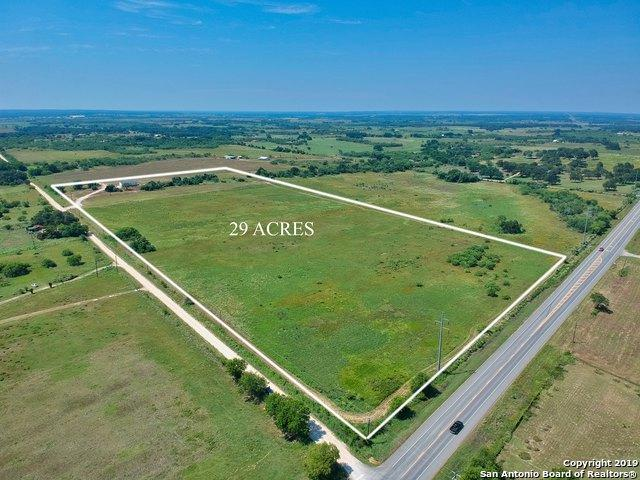 340 County Road 306, Floresville, TX 78114 (MLS #1391461) :: River City Group