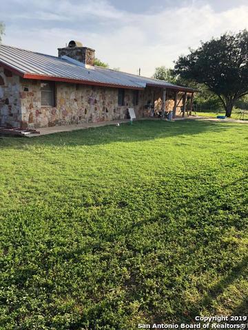 1015 County Road 341, Jourdanton, TX 78026 (MLS #1391608) :: The Mullen Group   RE/MAX Access