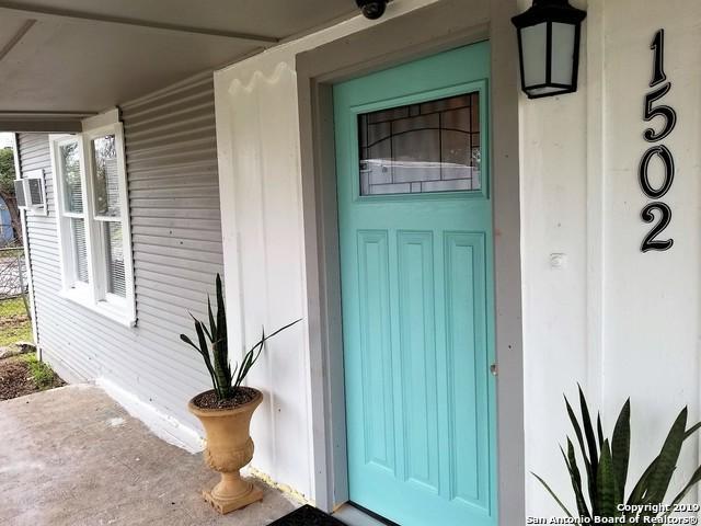 1502 Santa Anna, San Antonio, TX 78201 (MLS #1391770) :: Alexis Weigand Real Estate Group