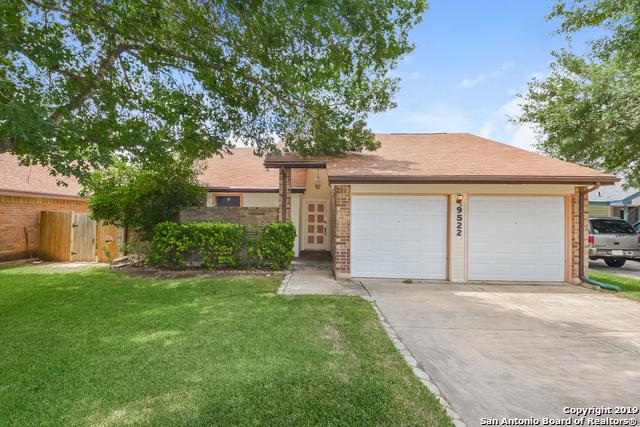 9522 Brook Green, San Antonio, TX 78250 (MLS #1391832) :: Carolina Garcia Real Estate Group
