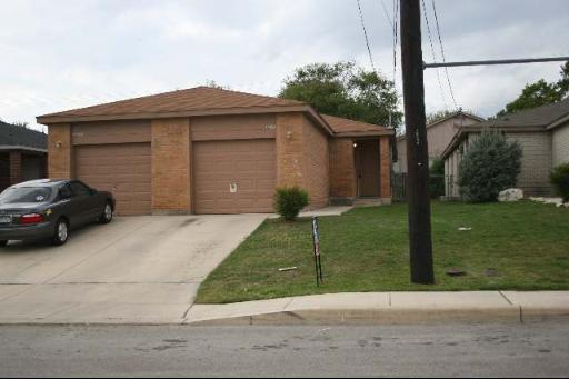 12231 Maverick Bluff St, San Antonio, TX 78247 (MLS #1391835) :: The Gradiz Group