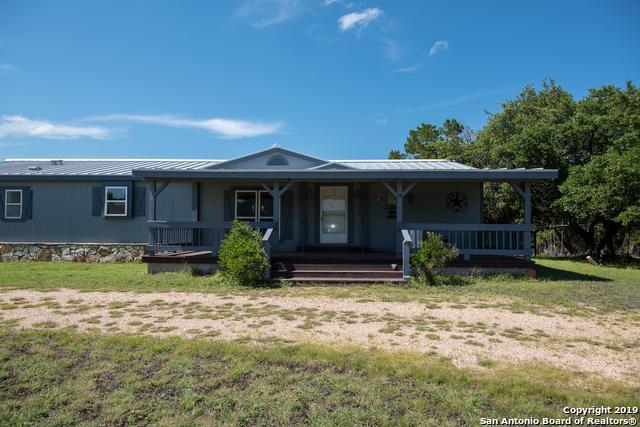 18 Comanche Trl, Boerne, TX 78006 (MLS #1392080) :: Santos and Sandberg