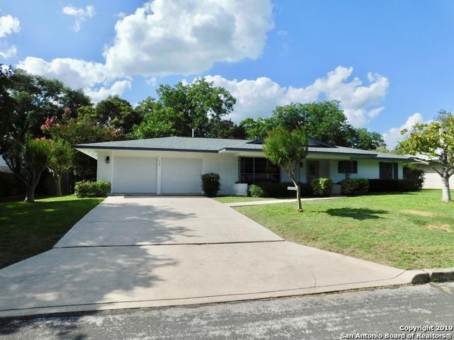 717 Rocklyn Dr, Windcrest, TX 78239 (MLS #1392173) :: Exquisite Properties, LLC