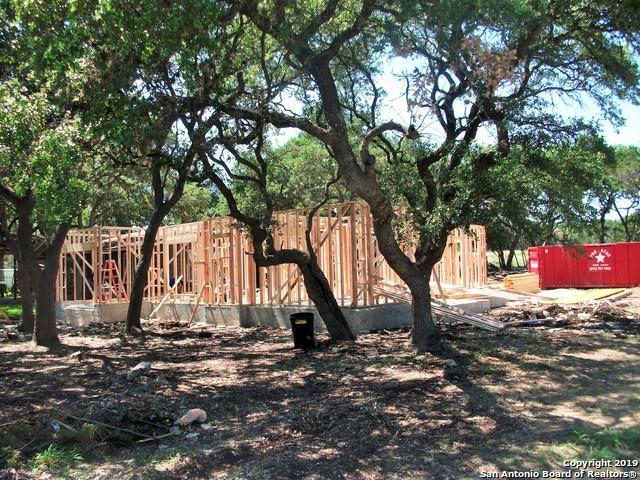 1565 Bob White Dr, Spring Branch, TX 78070 (MLS #1392360) :: NewHomePrograms.com LLC