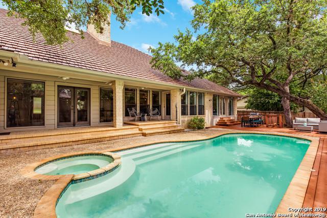 13803 Bluffcircle, San Antonio, TX 78216 (MLS #1392365) :: Vivid Realty