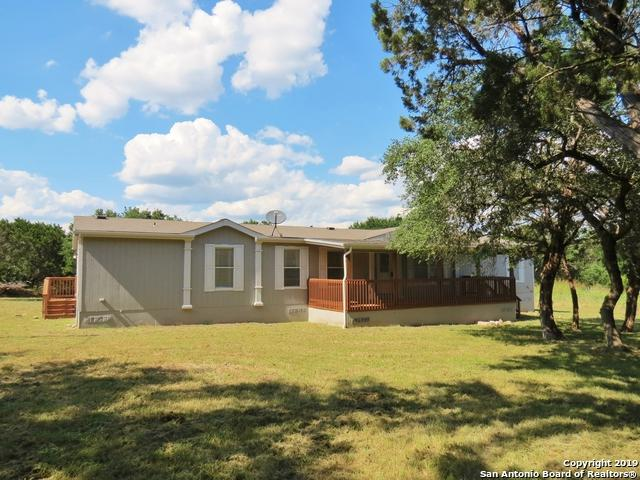 722 Wright Dr, Bandera, TX 78003 (MLS #1392511) :: Erin Caraway Group