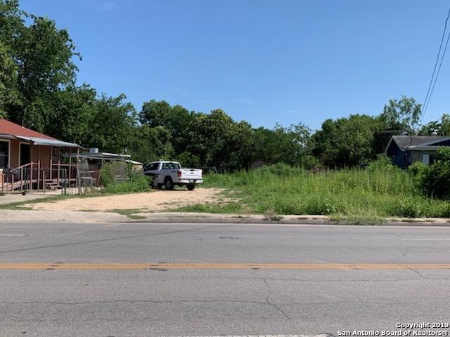 3742 El Paso St, San Antonio, TX 78207 (#1392685) :: The Perry Henderson Group at Berkshire Hathaway Texas Realty