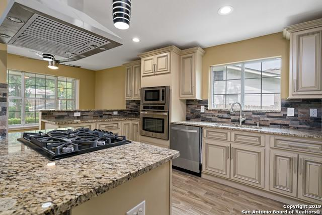 215 Dora St, San Antonio, TX 78212 (#1392773) :: The Perry Henderson Group at Berkshire Hathaway Texas Realty