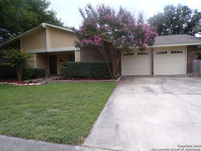 13114 La Ventana St, San Antonio, TX 78233 (MLS #1392957) :: Magnolia Realty