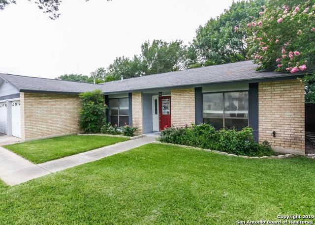 5419 Maple Vis, San Antonio, TX 78247 (MLS #1392993) :: Magnolia Realty