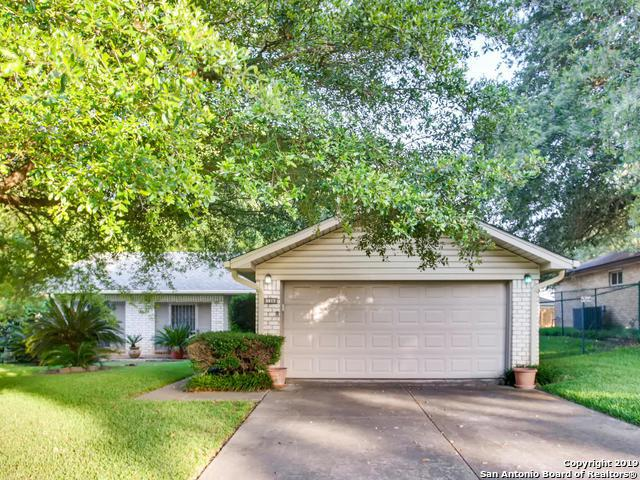 130 Oakside, Universal City, TX 78148 (MLS #1393072) :: The Mullen Group | RE/MAX Access